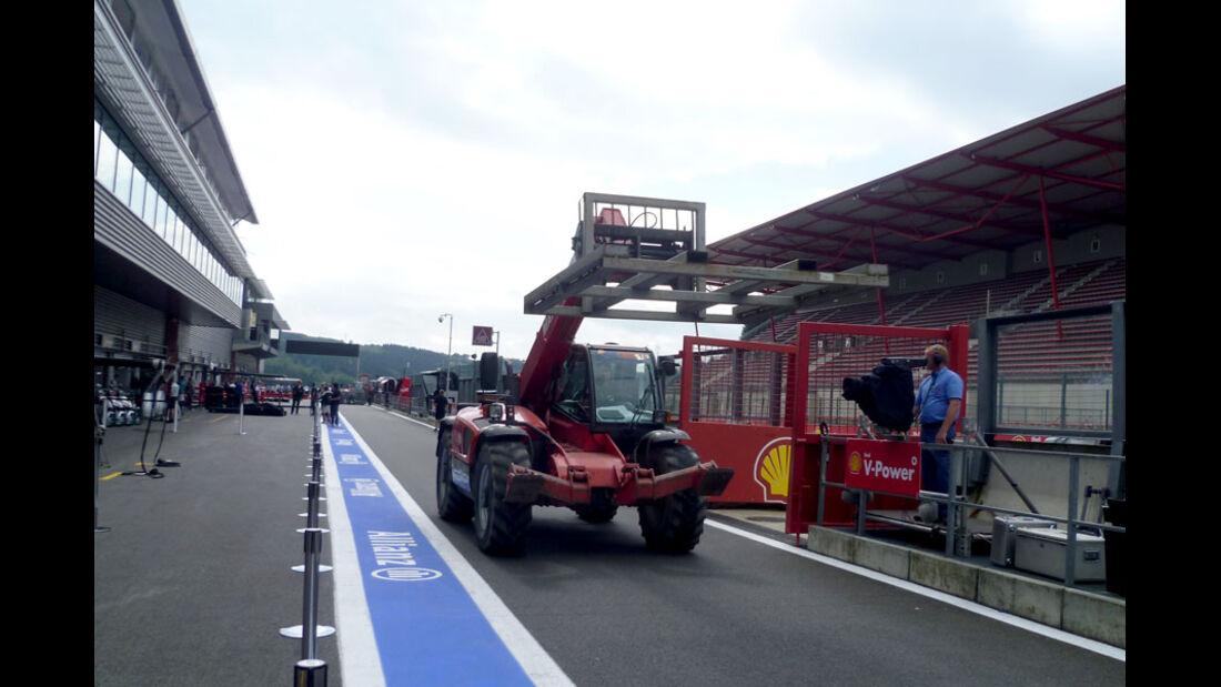 Boxengasse - GP Belgien - 25. August 2012