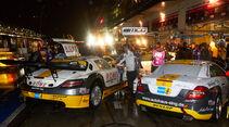 Boxengasse, Nacht, 24h-Rennen Nürburgring 2013