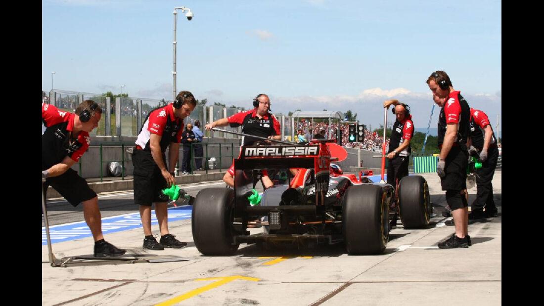 Boxenstopp Virgin - GP Ungarn - Formel 1 - 30.7.2011