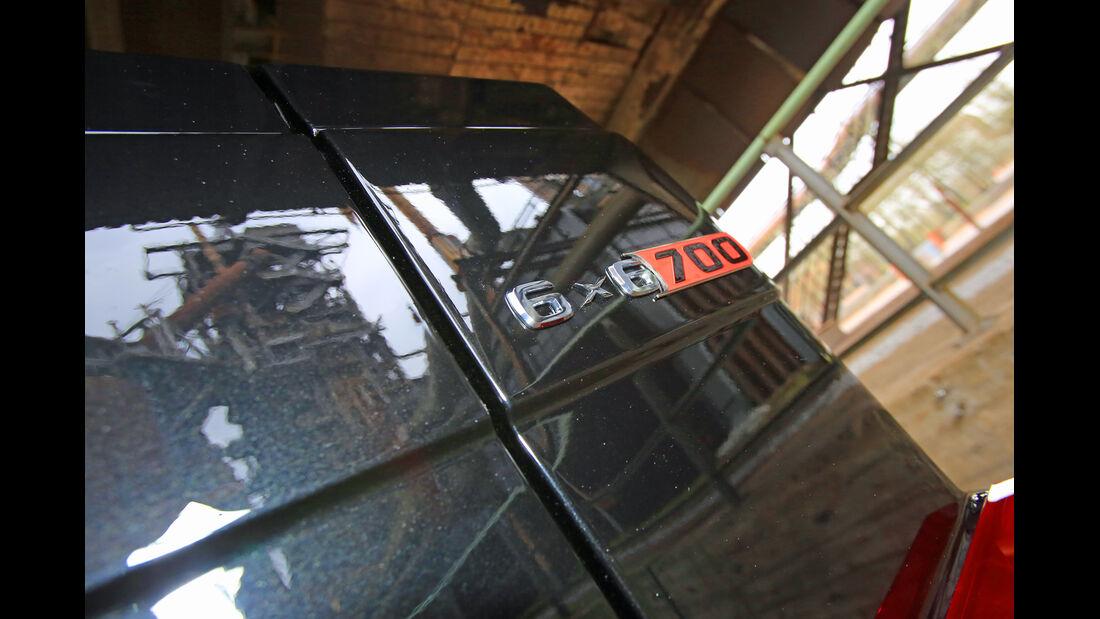 Brabus 700 6x6, Emblem, Typenbezeichnung