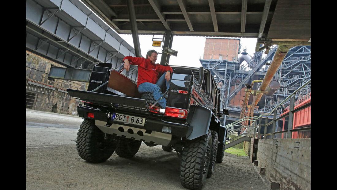Brabus 700 6x6, Heckansicht, Pritsche