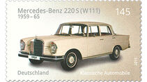 Briefmarke Klassische Automobile Mercedes-Benz 220 S