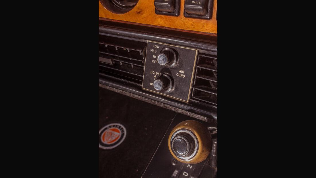 Bristol 412 SII Zagato, Bedienelemente