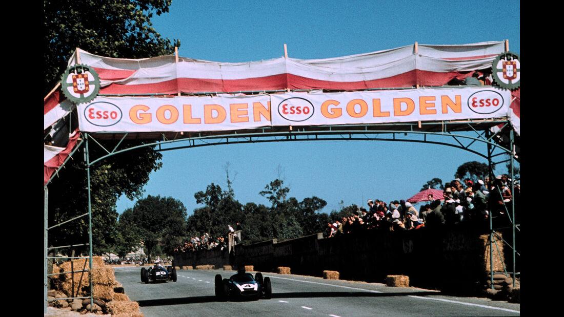 Bruce McLaren - Cooper Climax T53 - Jo Bonnier - BRM P48 - GP Portugal 1960