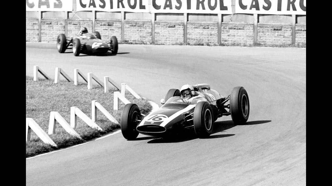 Bruce Mclaren - Cooper T60 - Graham Hill - BRM P57 - GP England 1962 - Aintree