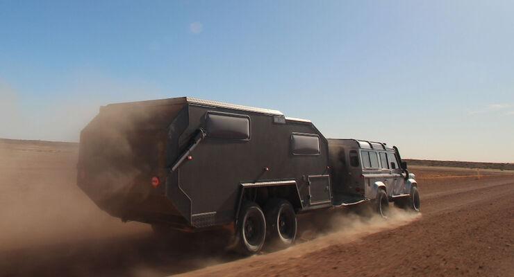 Bruder EXP-6 Offroad Caravan