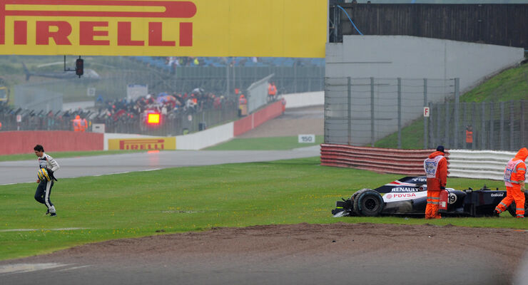 Bruno Senna Williams Crash GP England 2012