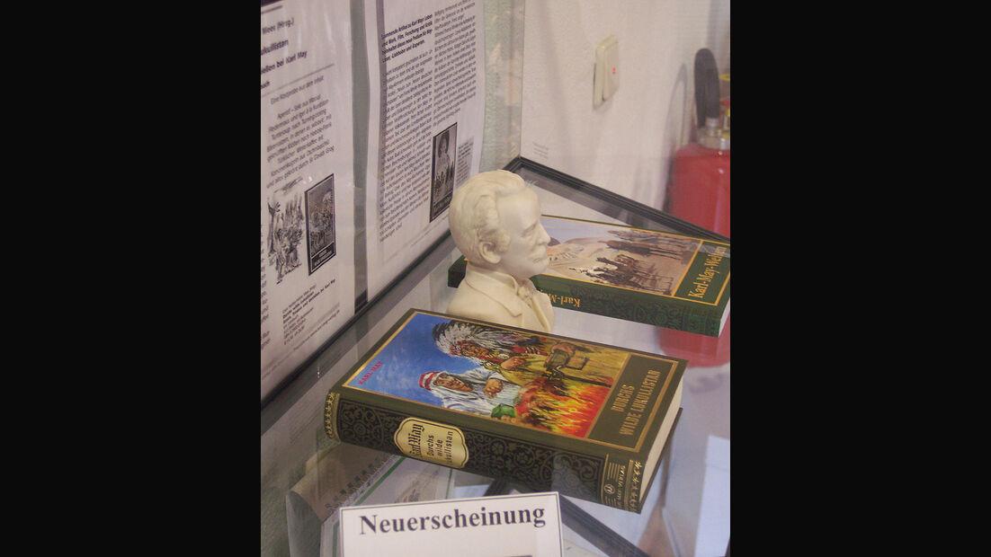 Bücher im Karl-May-Museum