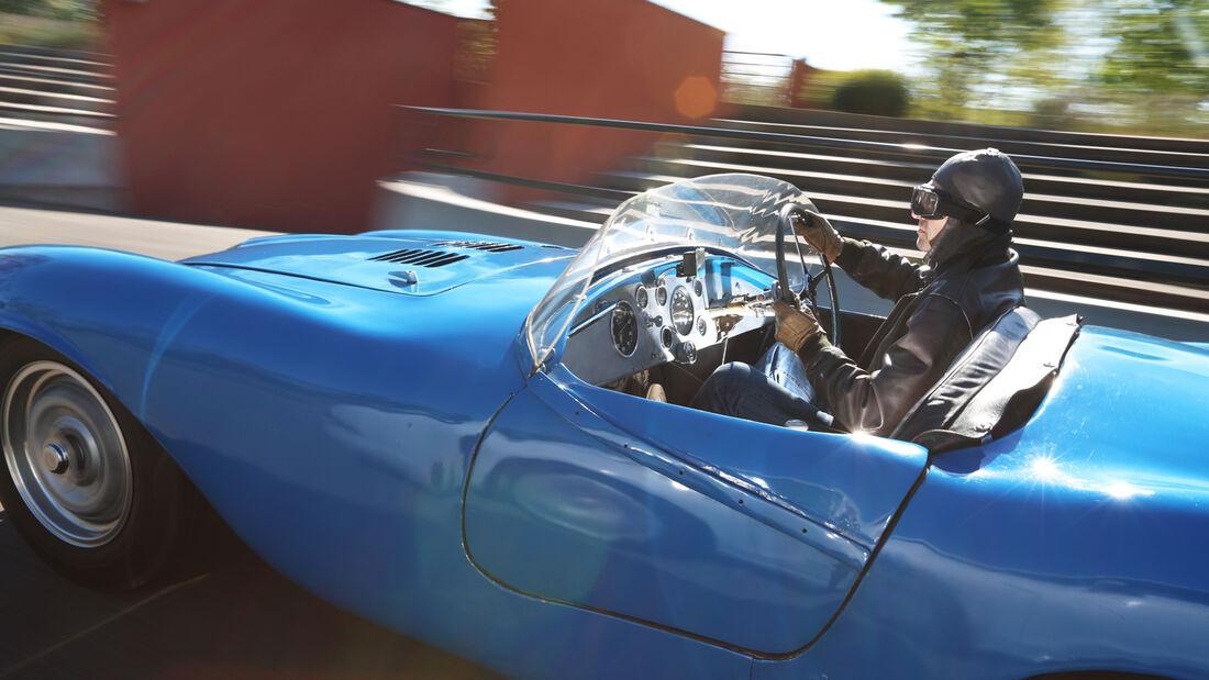 Bugatti 252, Seitenansicht
