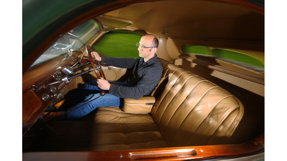 Bugatti 57 C Vanvooren, Cockpit, Götzl