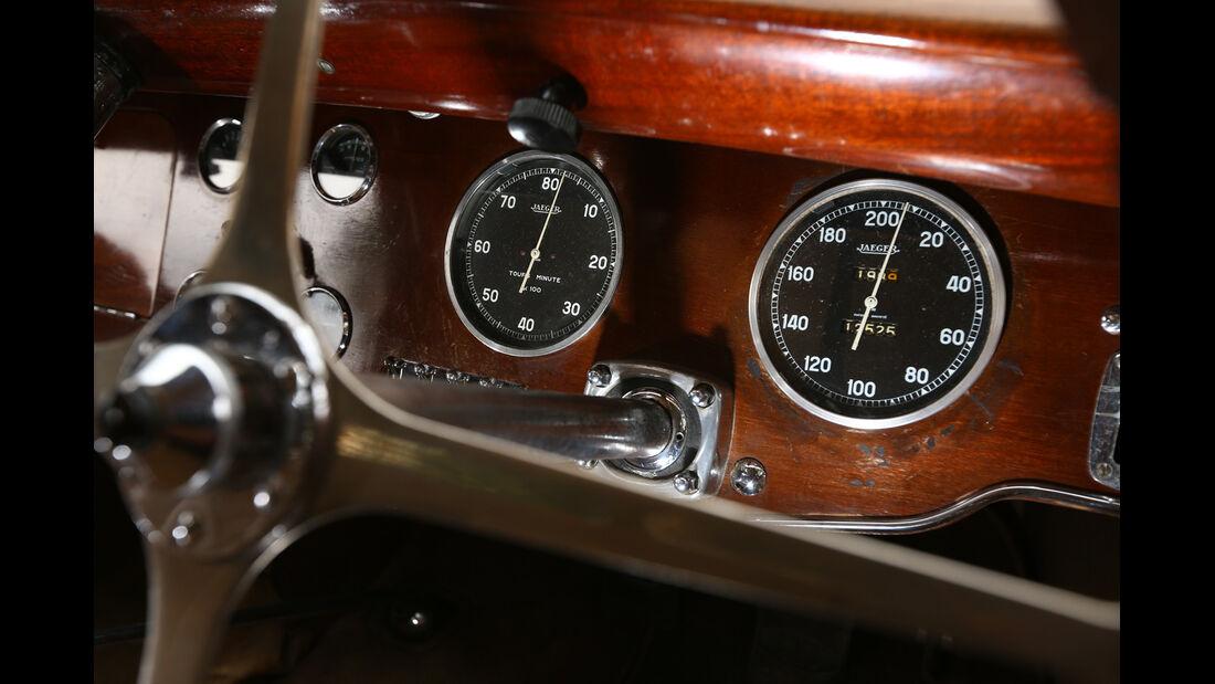 Bugatti 57 C Vanvooren, Rundinstrumente