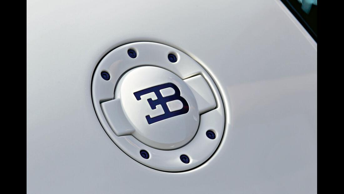 Bugatti, Emblem