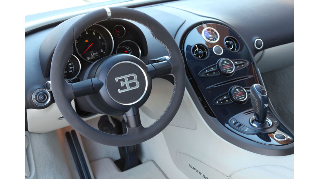 Bugatti Veyron 16.4 Super Sport, Innenraum, Cockpit