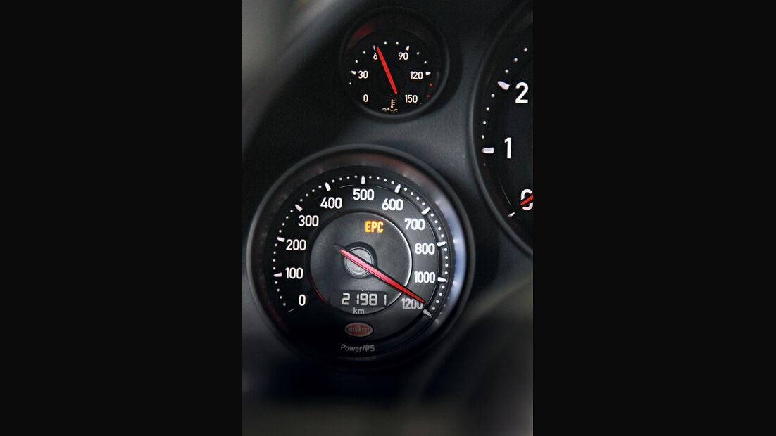 Bugatti Veyron 16.4 Super Sport, Rundinstrument, Detail