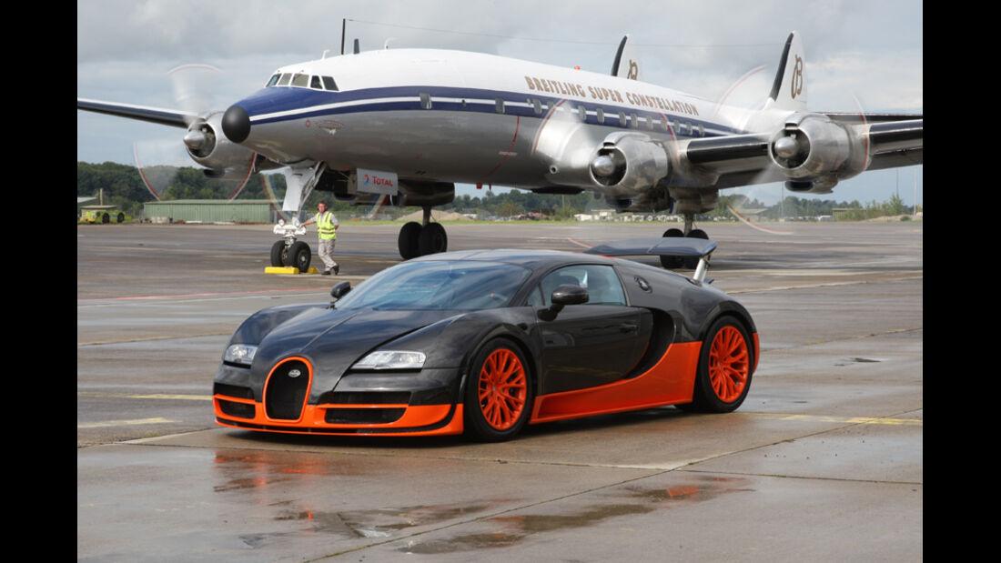 Bugatti Veyron 16.4 Super Sport, Seitenansicht, Flugzeug