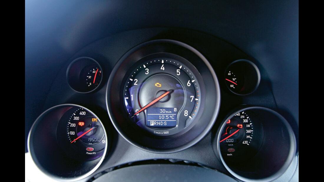 Bugatti Veyron 16.4 Super Sport, Tacho, Anzeigeinstrumente