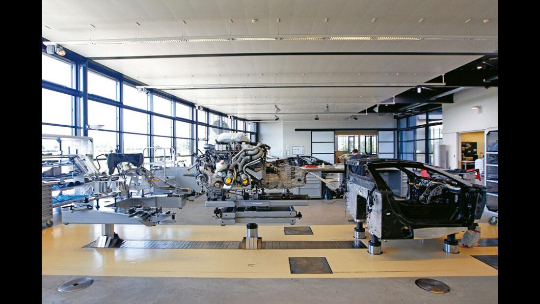 Bugatti Veyron 16.4 Super Sport, Werkstatt