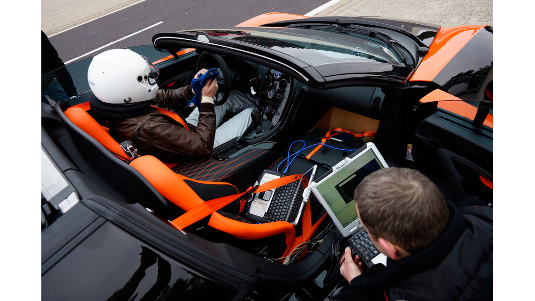 Bugatti Veyron Grand Sport Vitesse, Cockpit, Fahrer
