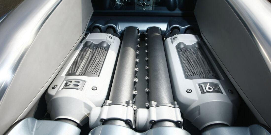 Bugatti Veyron, Motor