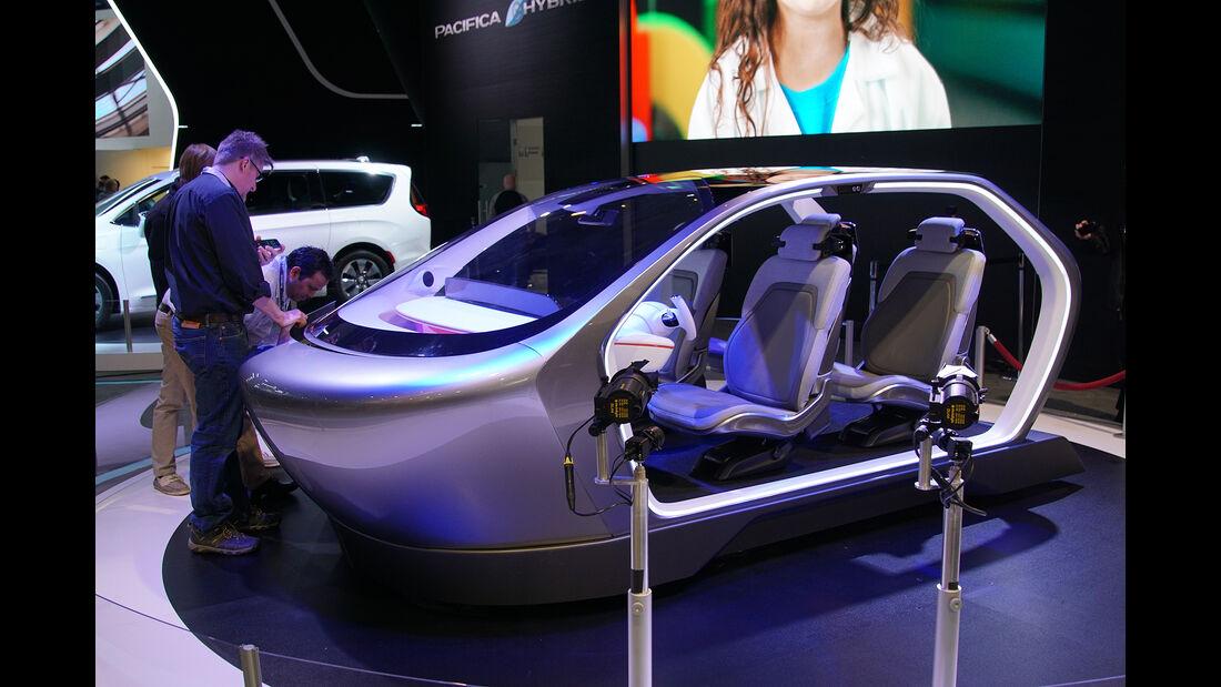 CES 2017, Chrysler Kabine