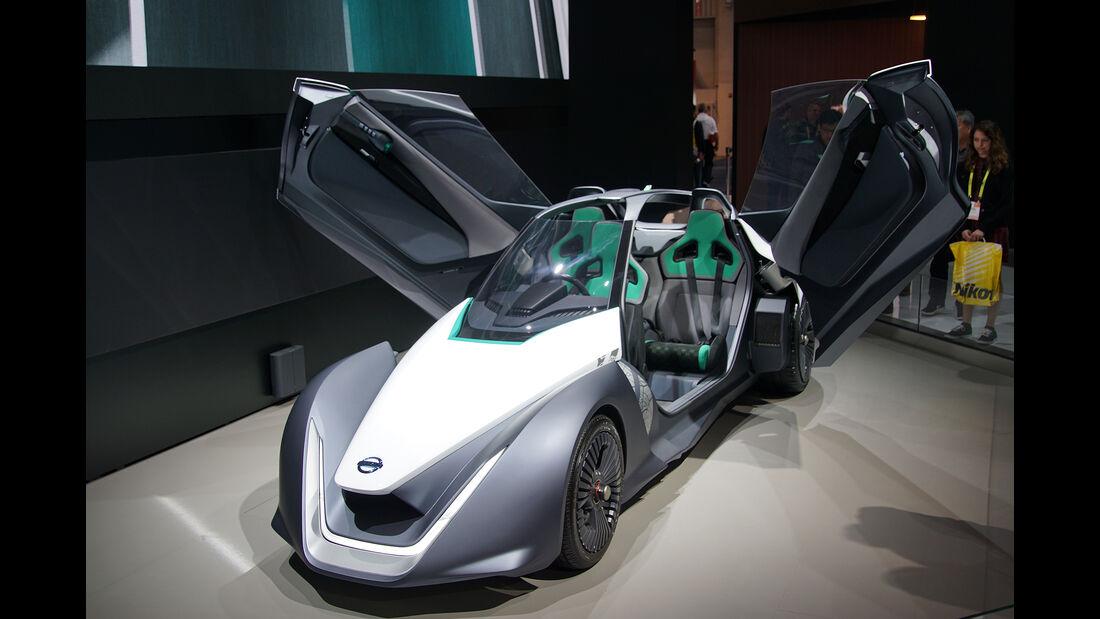 CES 2017, Nissan Blade Glider Concept