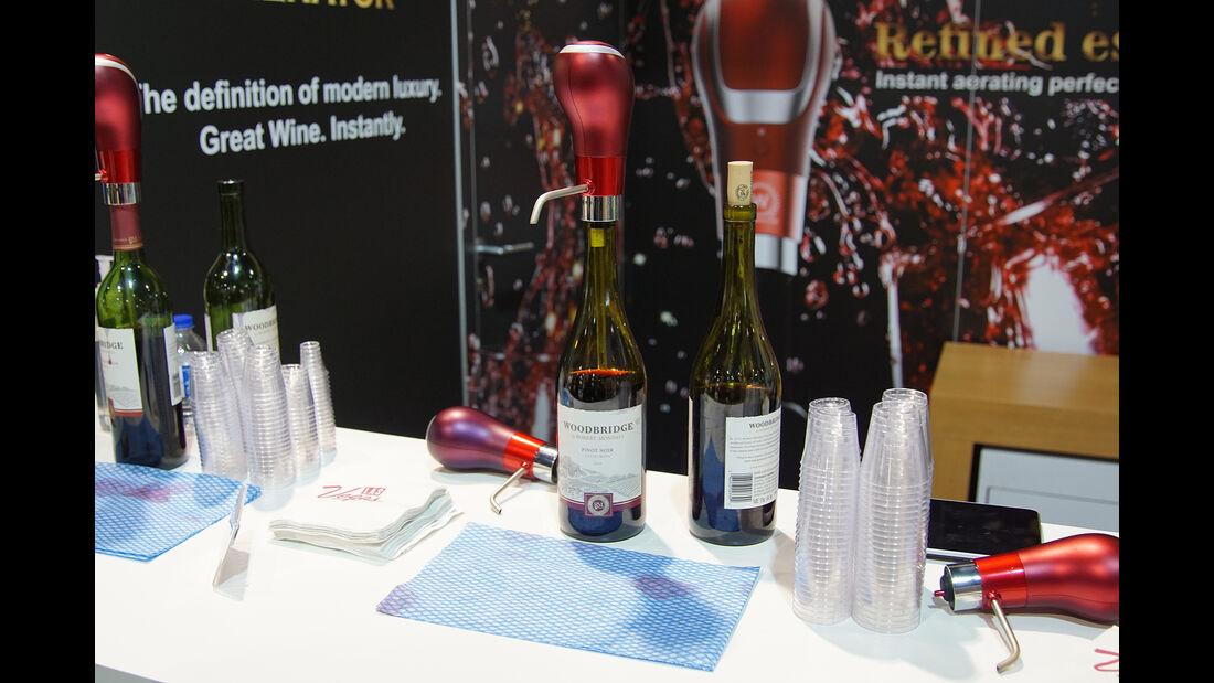 CES 2017, Wein-Ausschenker