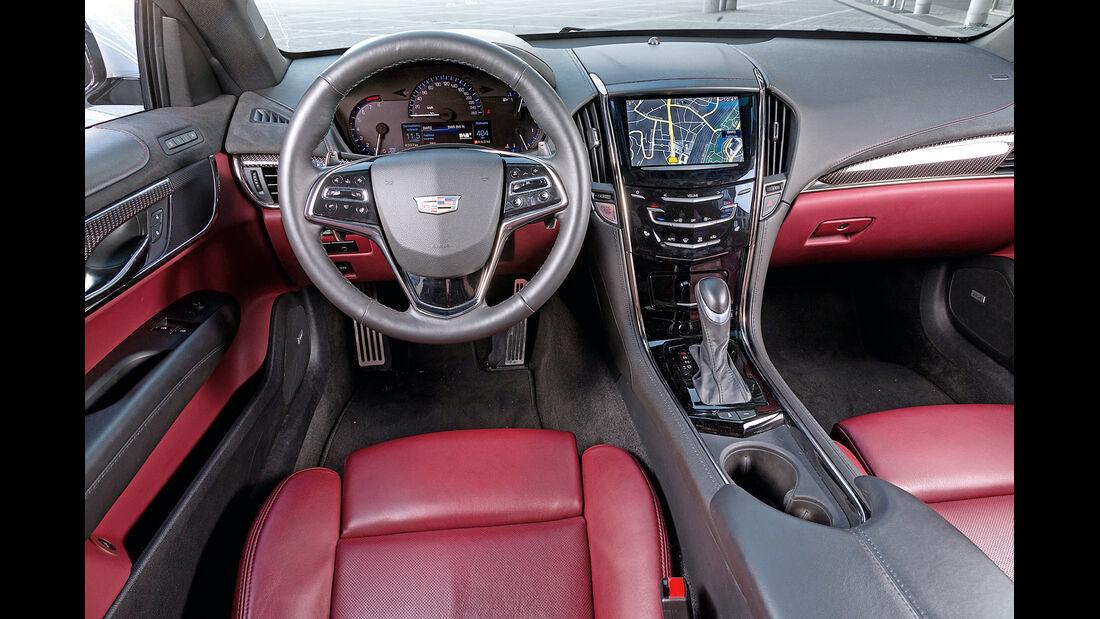 Cadillac ATS Coupé 2.0 Turbo AWD, Cockpit