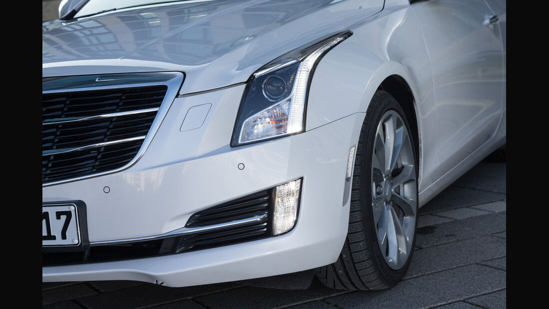 Cadillac ATS Coupé 2.0 Turbo AWD, Frontscheinwerfer
