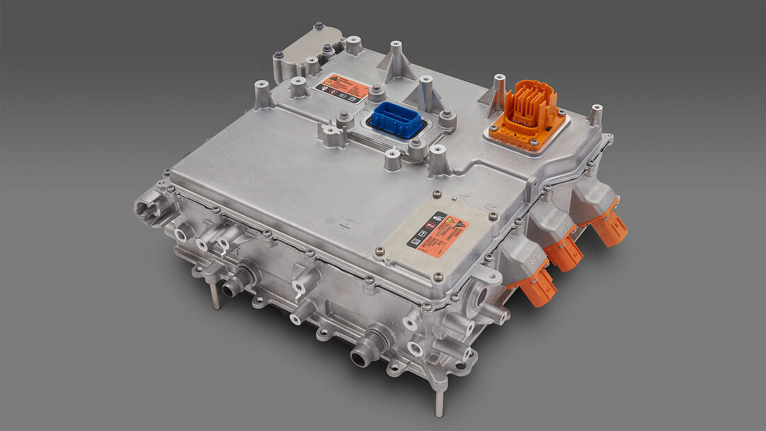 Cadillac Lyriq GM BEV3 Plattform Ultium Motoren Hummer EV