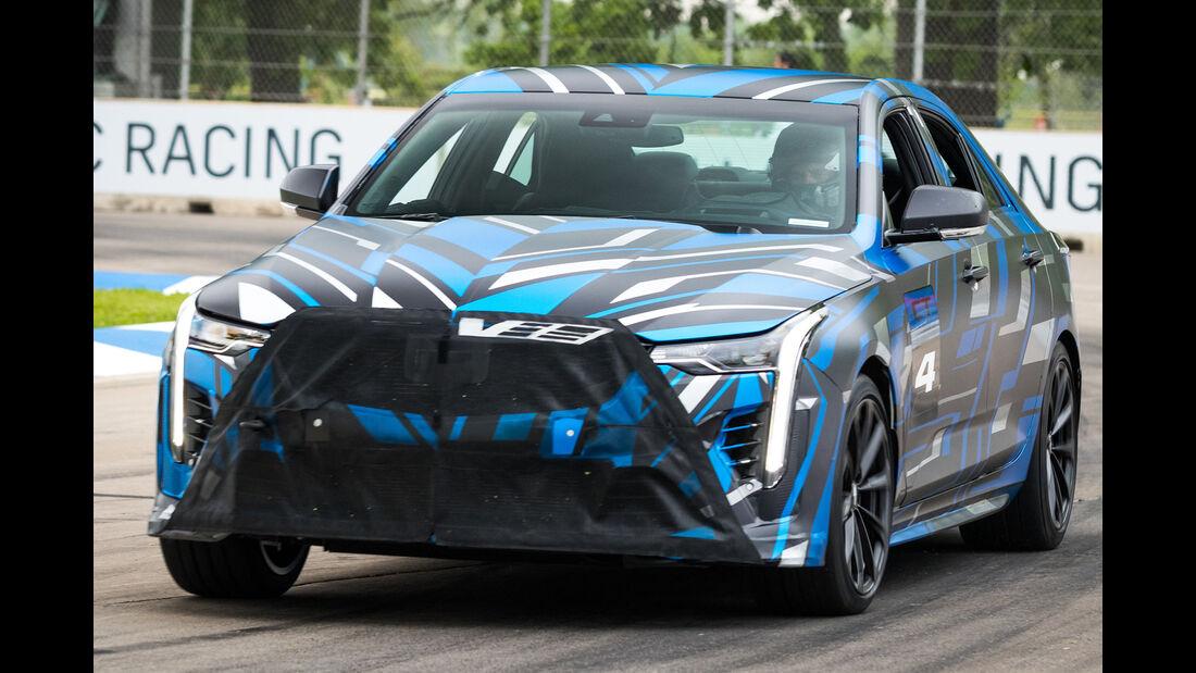 Cadillac Performance Modelle CT4-V und CT5-V Prototypen