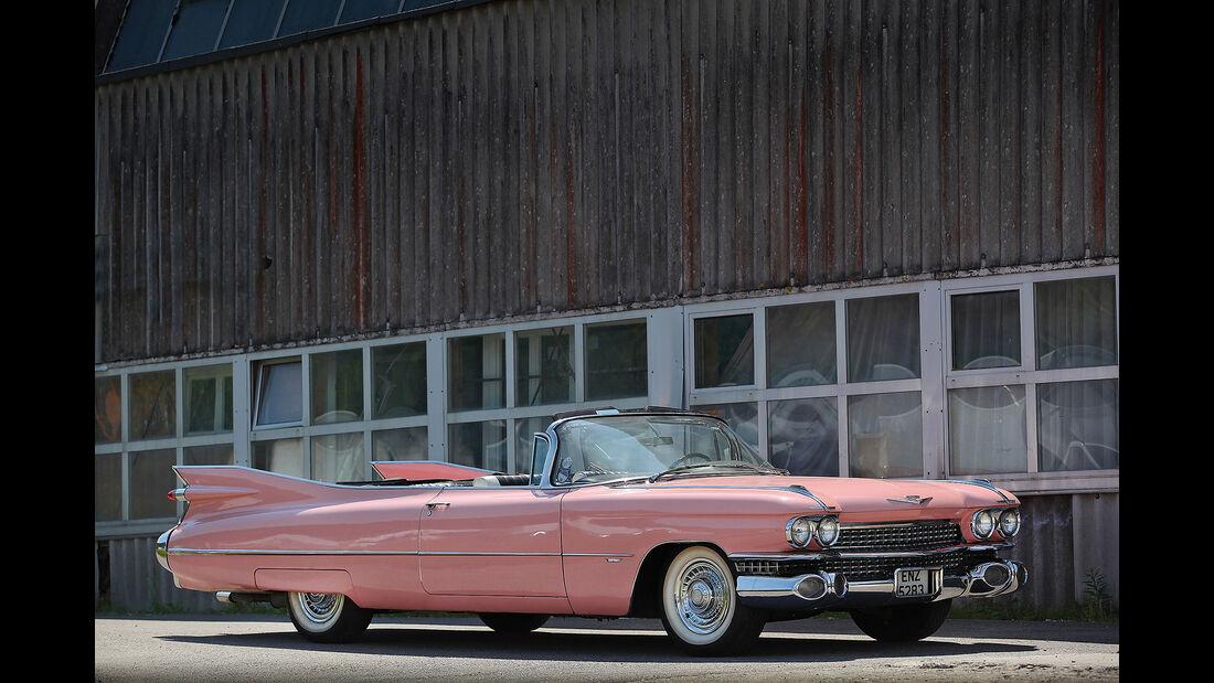 Cadillac-Series-62-Convertible---Pink-Cadillac---1960