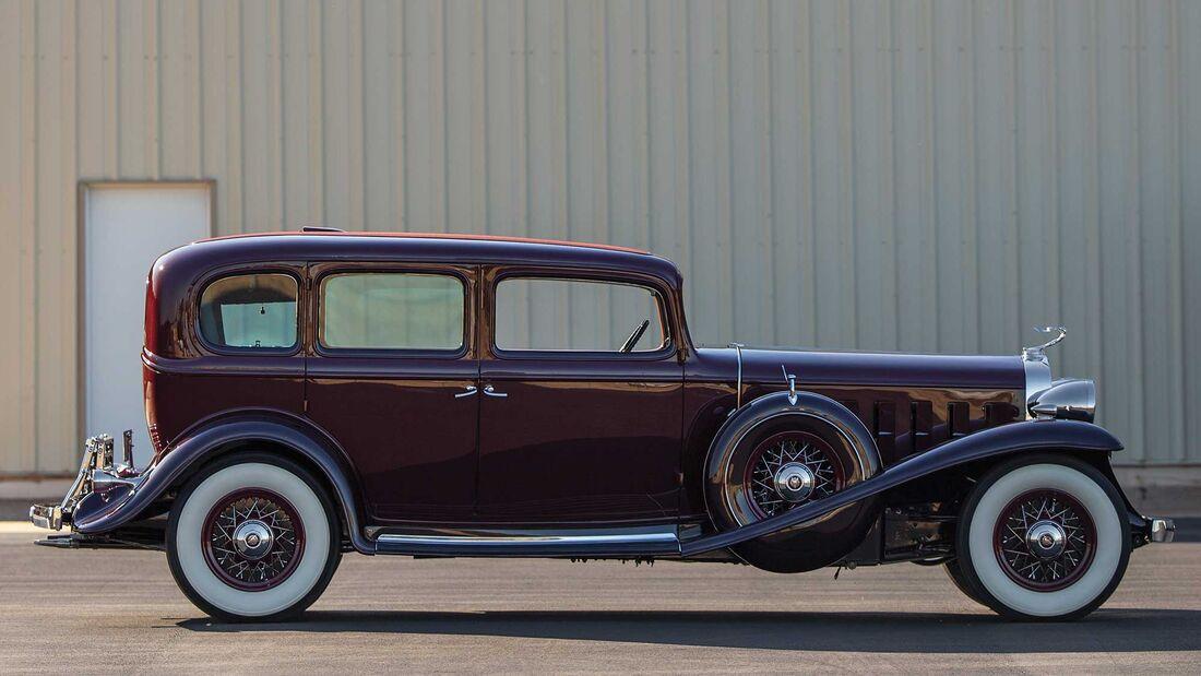 Cadillac V16 Five Passenger Sedan (1932)