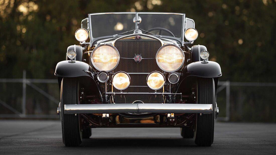 Cadillac V16 Sport Phaeton Fleetwood (1930)