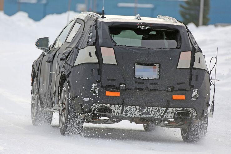 Cadillac-XT3-Erlkoenig-fotoshowBig-47a2cad8-1007373