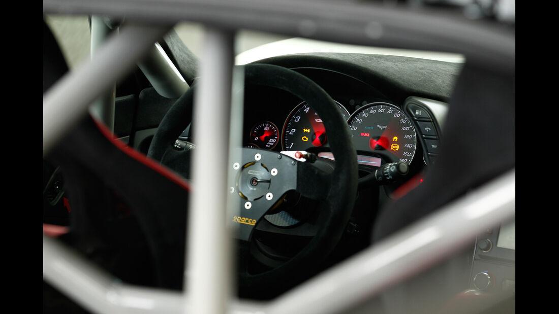Callaway-Corvette Z06.RR, Überrollkäfig, Cockpit