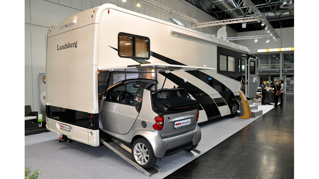 Caravan Salon 2014, Landsberg, Wohnmobil mit Garage