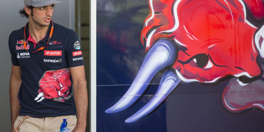 Carlos Sainz - Danis Bilderkiste - Formel 1 - GP Bahrain 2015