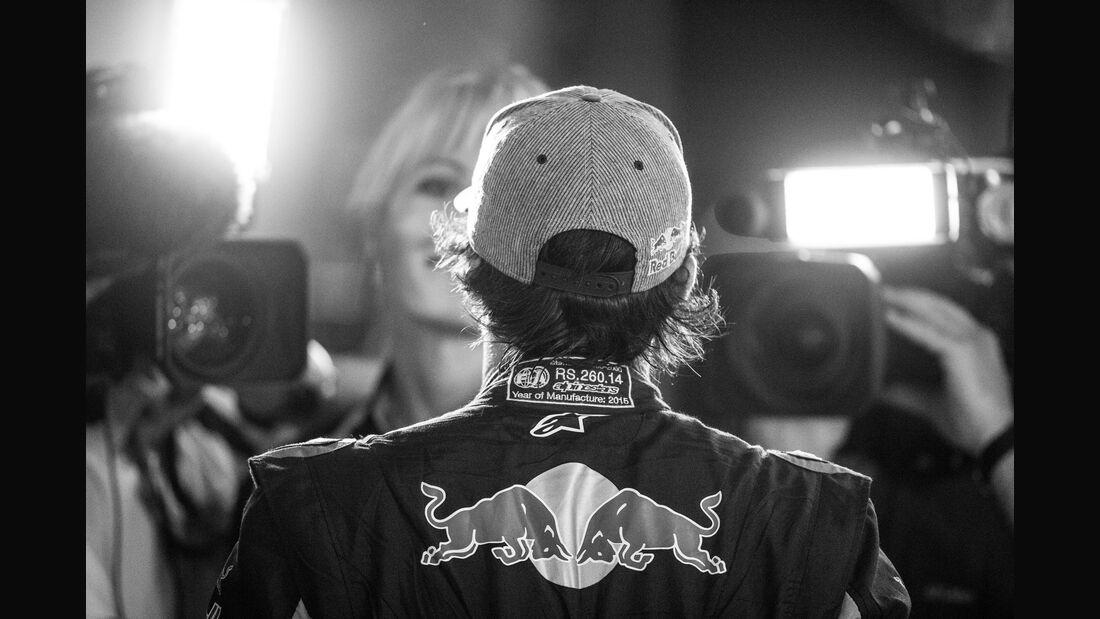 Carlos Sainz - Danis Bilderkiste - GP Abu Dhabi 2015