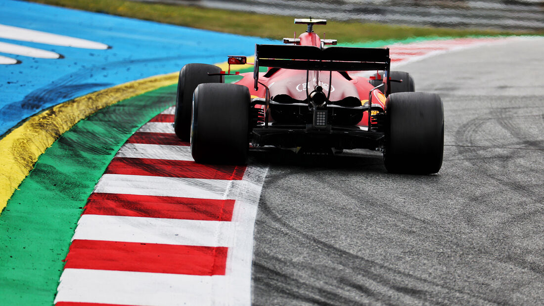 Carlos Sainz - Ferrari - Formel 1 - GP Österreich - Spielberg - Freitag - 2.7.2021
