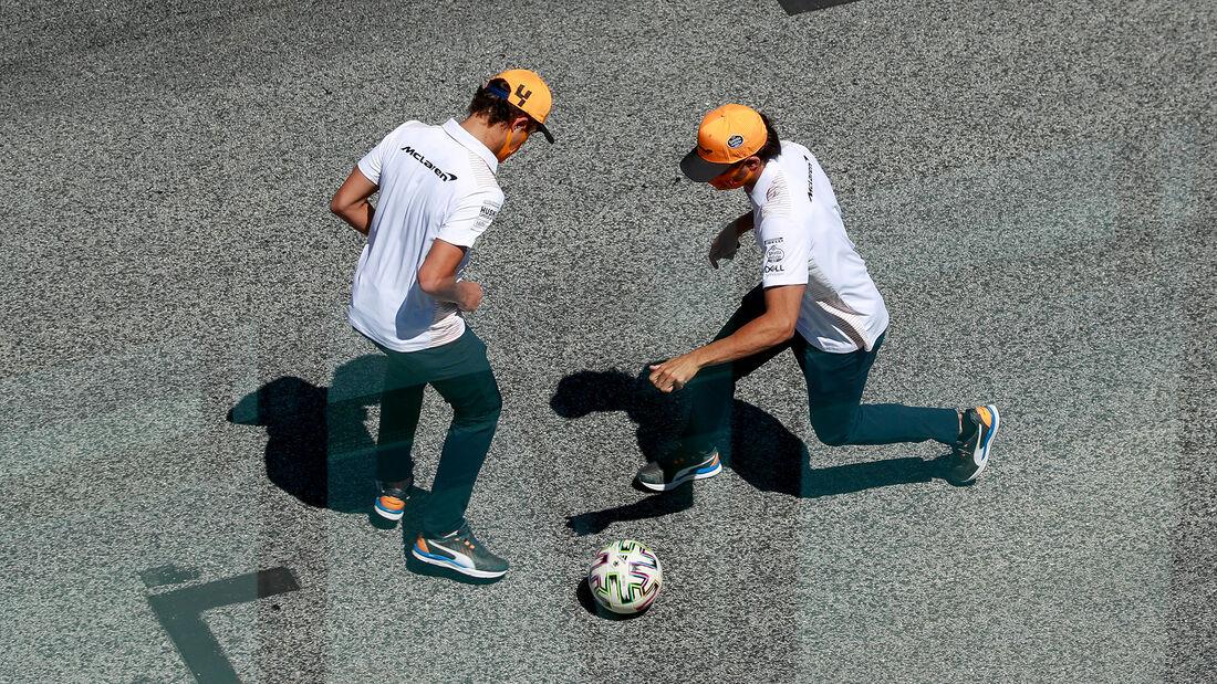 [Imagen: Carlos-Sainz-Lando-Norris-McLaren-Formel...705259.jpg]