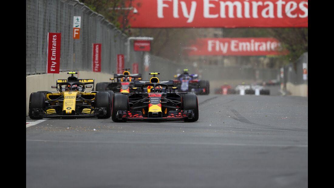Carlos Sainz - Max Verstappen - Formel 1 - GP Aserbaidschan - 29. April 2018