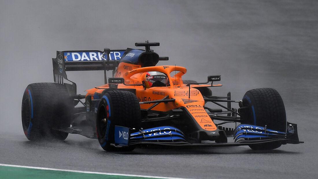[Imagen: Carlos-Sainz-McLaren-Formel-1-GP-Steierm...705702.jpg]