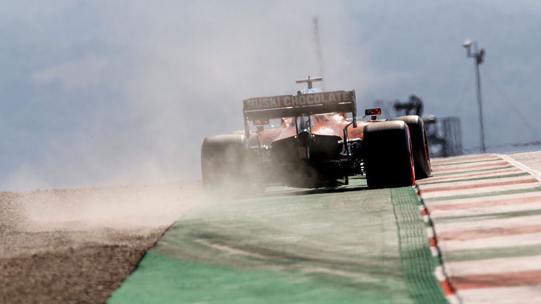 [Imagen: Carlos-Sainz-McLaren-Formel-1-GP-Toskana...722668.jpg]