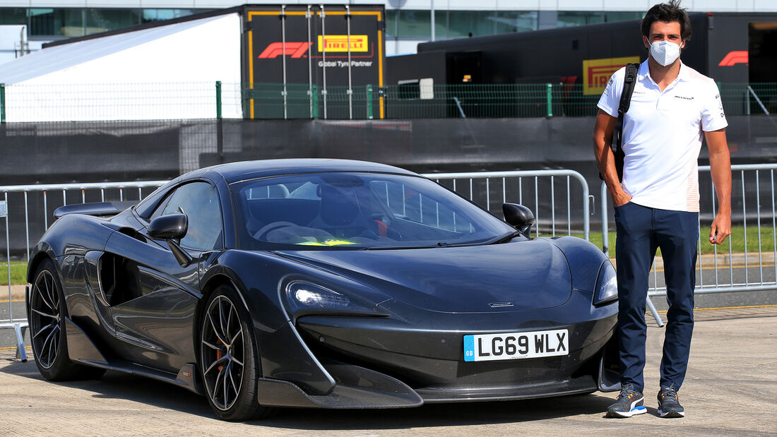 [Imagen: Carlos-Sainz-McLaren-GP-England-Silverst...710815.jpg]