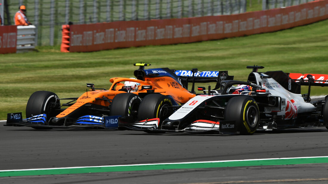 Carlos Sainz - McLaren - Romain Grosjean - GP England 2020