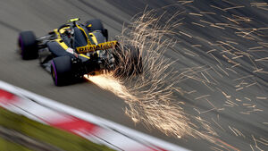 Carlos Sainz - Renault - Formel 1 - GP China - Shanghai - 14. April 2018