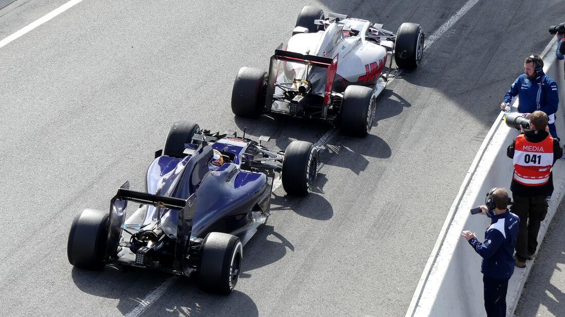Carlos Sainz & Romain Grosjean - Formel 1-Test - Barcelona - 24. Februar 2016