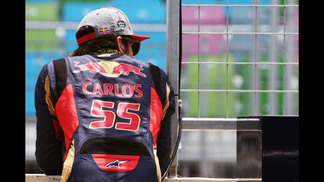 Carlos Sainz - Toro Rosso - Formel 1 - GP Aserbaidschan - Baku - 17. Juni 2016