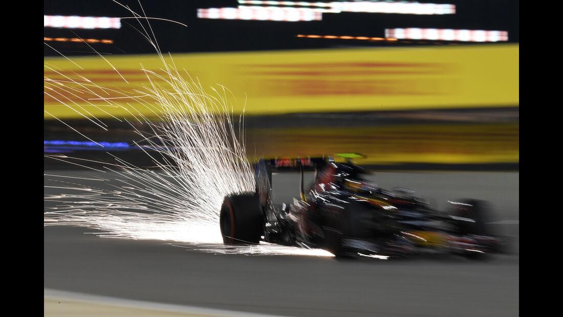 Carlos Sainz - Toro Rosso - Formel 1 - GP Bahrain - 2. April 2016