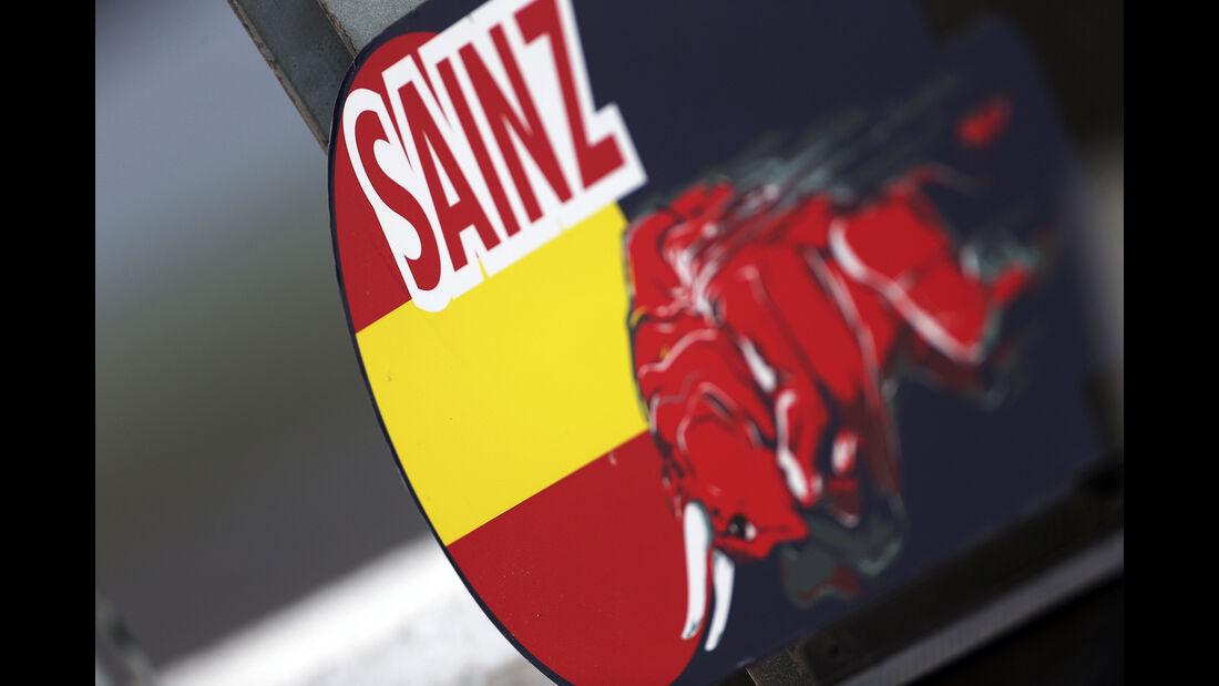 Carlos Sainz - Toro Rosso - Formel 1-Test - Barcelona - 13. Mai 2015